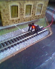 HORNBY 00 BUFFER STOP TRAIN TRACK LAYOUT WITH BLINKING RED LED LIGHT