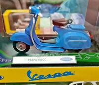 Piaggio Vespa 150cc Celeste 1970 - Scala 1:18 Die Cast - Welly - WEL12848