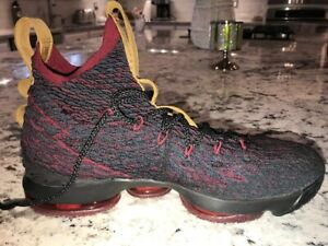 Nike LeBron 15 High Top Athletic Shoes