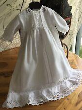 Ancienne robe de baptême longue en piqué coton /broderie anglaise