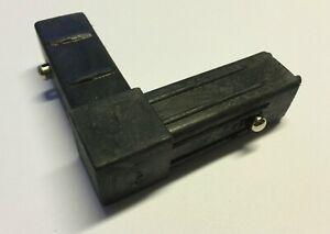 OTTOMAN CORNER PLASTIC L BRACKET X2 WITH METAL PIN LOCK BED FRAME FIXING