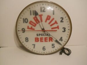 Vintage Fort Pitt Special Beer Metal and Glass Clock Works Well Lights Up