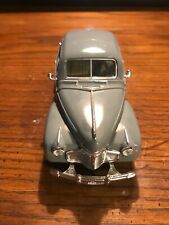 1941 Chevrolet Deluxe  Diecast Car Model Toy 1:32