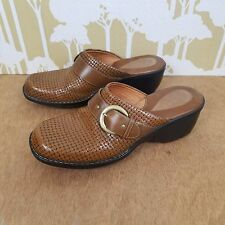 Clarks Artisan Women's 7.5 Textured Brown Leather Slip On Mules Clogs Shoes