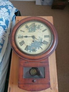 American Drop Dial Mahogany early 20th Century Clock no key not working