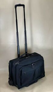"""Travelpro Black Executive First Deluxe 16"""" Expandable Rolling Computer Brief"""