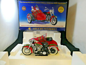 Franklin Mint Harley-Davidson Limited Edition 2002 Christmas Motorcycle Model