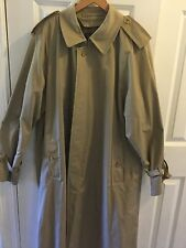 BURBERRYS' Vtg RAINCOAT Rain Trench Coat Mens Size 44 reg.khaki
