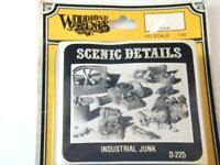 Industrial Junk Piles WOODLAND SCENICS D225  HO Scale