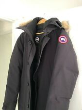 Canada Goose	Chateau Parka - Navy	XL pre-owned good condition