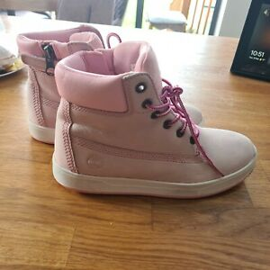 Timberland Boots Girls  Pink White Lace Up Size 1.5  UK Good condition