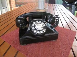 Vintage Retro Northern Electric Black Bakelite Pyramid Style Telephone c.1950's