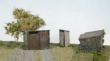 Wills SS19 Grotty Huts & Privy (Toilet) '00' Scale Plastic Kit New 1St Class Pos