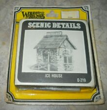 Vintage WOODLAND SCENICS HO/HOn3 scale ICE HOUSE # D -219