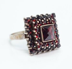 Vintage Early 20th Century 12K Gold Bohemian Garnet Tiered Ring Size 6.5
