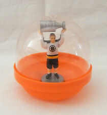 1972 BOBBY ORR LIFTING THE STANLEY CUP BOSTON BRUINS CHAMPIONS FROM BUBBLE GUM