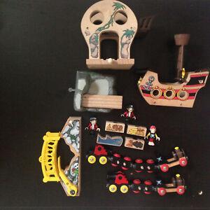 Vintage Brio Pirates set 33900 33901 33903