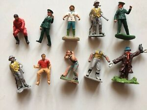 10 x Vintage Plastic 'Britains' & 'Herald' FARM & ZOO FIGURES