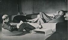 Mobilier Contemporain c. 1955 - Chambre Meubles en Caoutchouc - PR 50