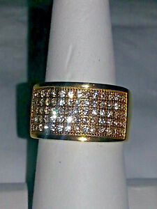 UNISEX GOLD STAINLESS STEEL CUBIC ZIRCONIA MEN'S RING  . SIZE 8