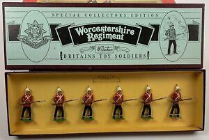 William Britain Britains Toy Soldiers Worcestershire Regiment #8802 6 Pieces NEW