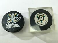 VTG SAMUEL PAHLSSON SIGNED HOCKEY PUCK Anaheim Mighty Ducks Lot Disney DS66