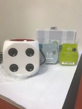 New In Box Scentsy White Die Warmer *RETIRED* With 2 Scent Bars
