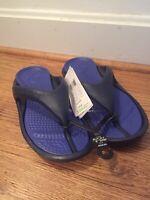 Crocs Athens Croslite Flip-Flops Sandals Shoes NEW Men's Size 8 Women's Size 10