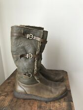 UGG Australia  Wedge Women's Boots Size Brown leather/sheepskin 8