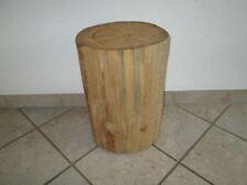 Handgearbeitete massive Möbel aus Massivholz fürs Schlafzimmer