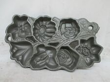 John Wright Cast Iron #2 Flower Mold Muffin Corn Bread Baking Pan Made in USA