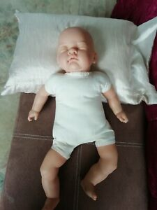 Realistic 2kg Baby Doll, practice Doll or toy