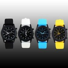 Quartz (Battery) Silicone/Rubber Band Military Wristwatches