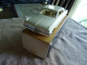 1962 FORD GALAXIE PROMO N/MINT W/BOX HERE BEAUTIFUL TUSCAN YELLOW VERY RARE -