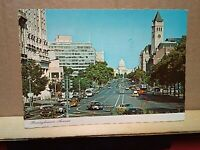 PENNSYLVANIA AVENUE Washington DC DINO SASSI printed Italy $.13 Flag stamp 1982