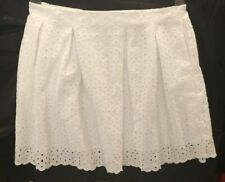 NWT EXPRESS short skirt white size Large with side pockets