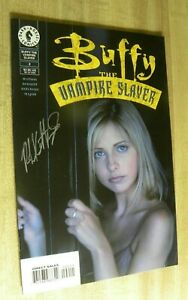 Dark Horse Buffy The Vampire Slayer 2 Signed Excellent!!!