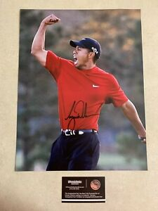 Tiger Woods Hand Signed Autographed 11x14 Masters Photo W/COA