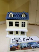 Dolls House Miniatures 1;12th Scale Toy Deluxe  Cream Dolls House D974 New