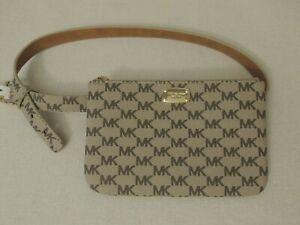 MICHAEL KORS MK Signature Metal Logo Leather Fanny Pack Belt Bag 552744C M Beige