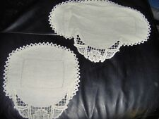 White Doily with Pansy Design Edge-set of 2