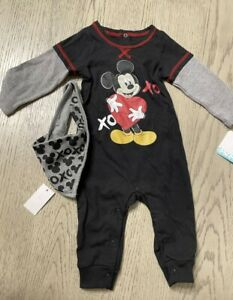 Adorable Mickey mouse baby clothes with bib