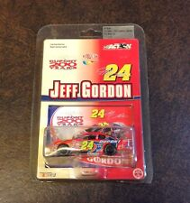 Jeff gordon 24 dupont 200 years limited edition 1:64 scale stock car