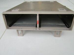 HAMEG  HM 8001 Rack Alimentation module série 8000 . occasion révisée . Metrix