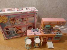 Vintage Rare Sindy kitchen cafe, chairs accessories  boxed (Barbie)