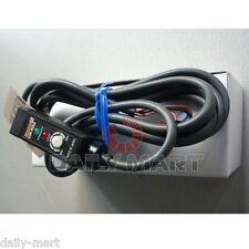 Omron E3R-DS30E4 E3RDS30E4 Diffuse Reflective Photoelectric Sensor New in Box