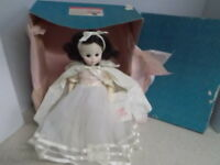 "Madame Alexander Vintage Doll Snow White (14"" Tall) Original Box With Stand 1555"