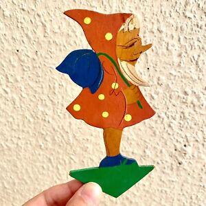 Märchen-Holzbild ALT 1930er 14cm Eifelkunst Kleiner Zwerg mit Blauer Tulpe ANTIK