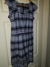 Womens Geometric Print Dorothy Perkins Dress. Size 10.