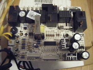 Amana-Goodman  MAIN Control BOARD    # 30132187